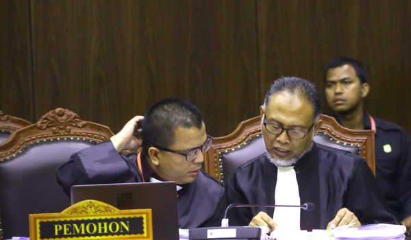 Sebut Diskriminasi Treatment, BW: KPU Coret Caleg Gerindra karena Pegawai Anak BUMN, Ma'ruf kok Enggak?