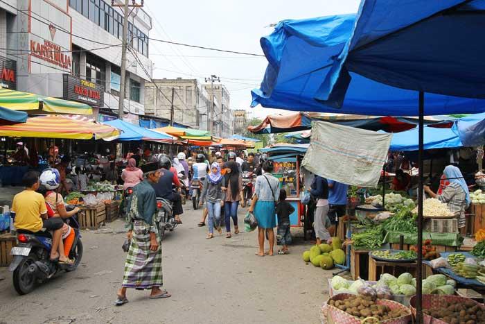 Pasar Kecamatan untuk Antisipasi Pasar Kaget Pekanbaru