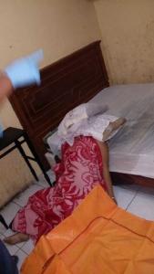 Diduga Dibunuh, Wanita Tukang Pijit Ditemukan Tewas di Wisma