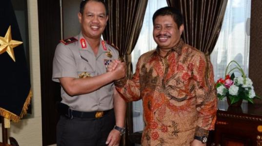 Bahas Berbagai Isu, Bupati Amril Mukminin Silaturahim dengan Kapolda Riau