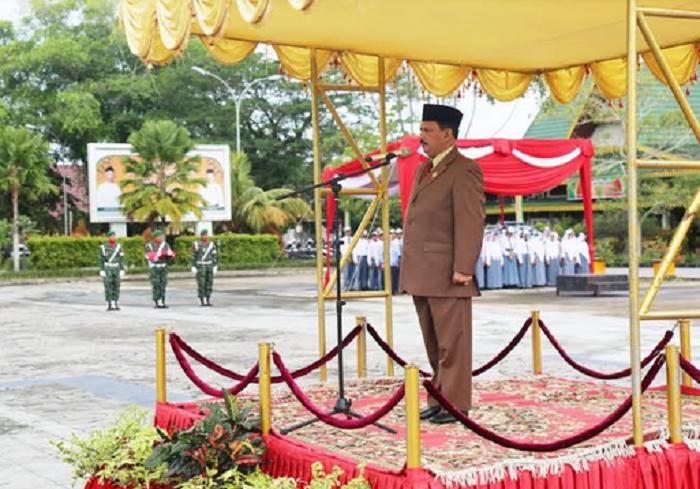 Sekda Inhil Pimpin Upacara Bendera  Peringati Harkitnas ke-110 Tahun 2018