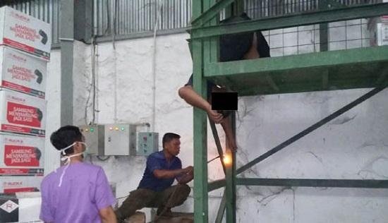Terpeleset, Karyawan Pergudangan Surya Asia Tewas Terjepit Lift Barang