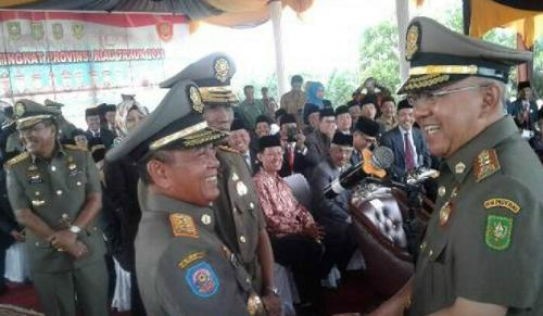 HM Harris-Zardewan Dilantik 19 April, Sekda T Mukhlis Ditunjuk Jadi Plh. Bupati Pelalawan