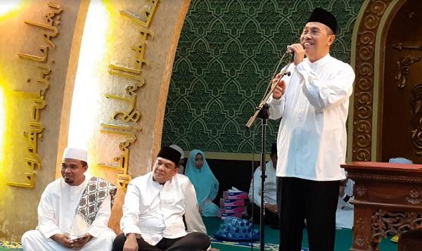 Hadiri Peringatan Isra' Mi'raj di Masjid Ar-Rahman Pekanbaru, Ini Pesan Gubri