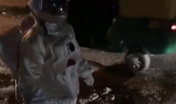 VIRAL, Astronot Kaget, Bajaj Melintas Saat Dia Sedang Berjalan di Bulan