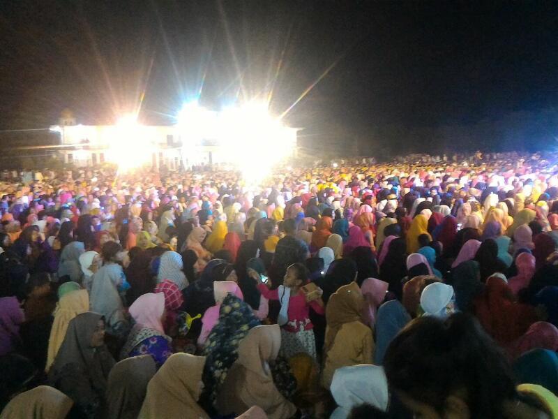 Ribuan Jamaah Hadiri Tabligh Akbar UAS di Rohil