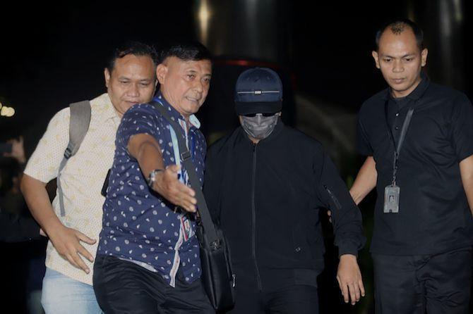 OTT KPK Tangkap Rommy, Mahfud: Tak Mungkin Operasi Prabowo Apalagi...