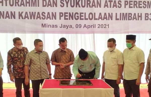 Bupati Siak Resmikan Pembangunan Kawasan Pengelolaan Limbah B3 Terpadu di Minas Jaya