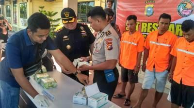 Polisi Tangkap 19 Kilogram Sabu-sabu di Bengkalis Bersama  Tiga Kurir Gendong