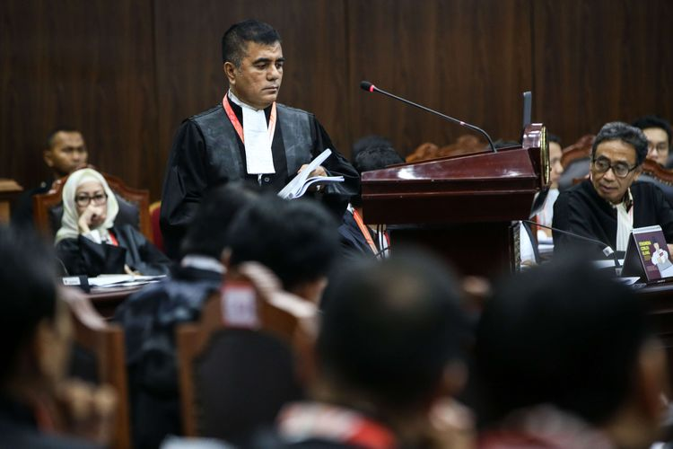 Tak Kompak Bela Jokowi-Ma'ruf, Tim Hukum 02 Sindir Yusril dan Sudirta