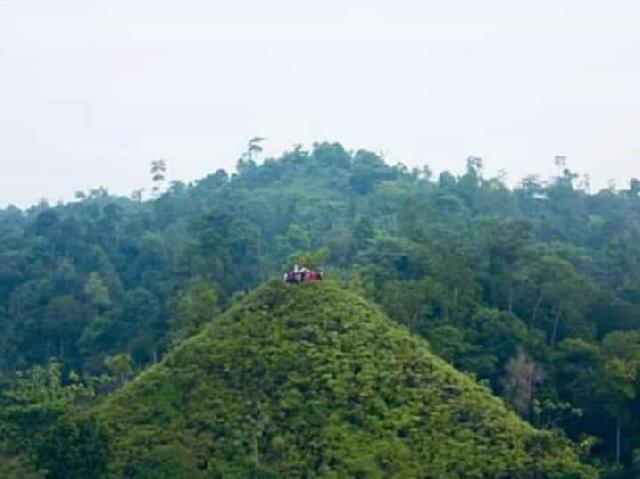 Biar Tidak Rusak dan Hindari Pencurian, Bupati Kuansing Minta Kunjungan ke Bukit Piramid Dibatasi