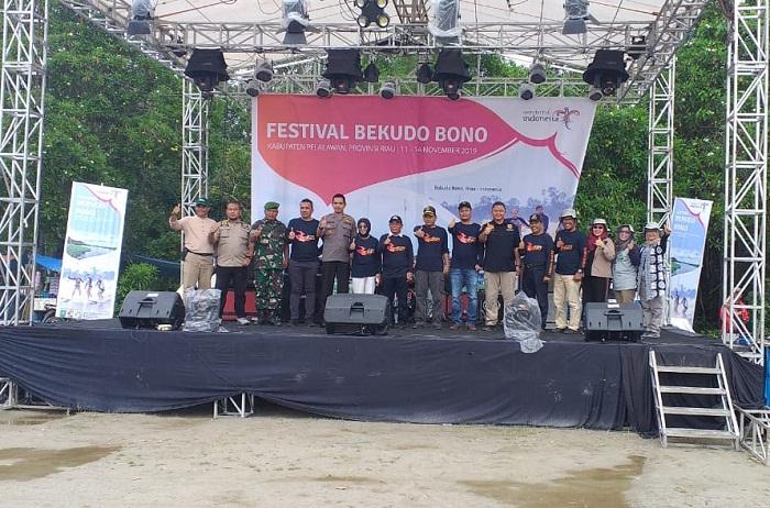 Festival Bekudo Bono di Pelalawan Resmi Ditutup, HM Harris: Jadikan Event Ini AgendaTahunan