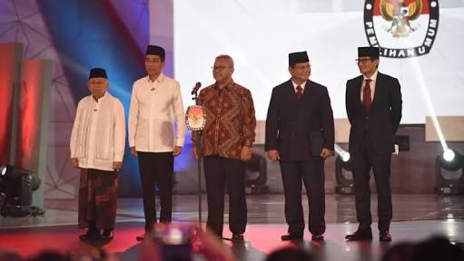 Debat Pilpres Lama, Kiai Ma'ruf Amin Kelelahan, Sandiaga Usul Pakai Kursi