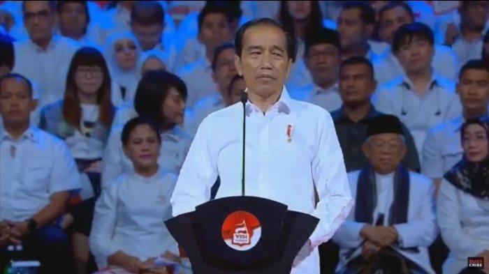 Jokowi Berpidato Tanpa Teks, Pengamat: Menghibur Tapi Tak Visioner, Abstrak, Tak Jelas