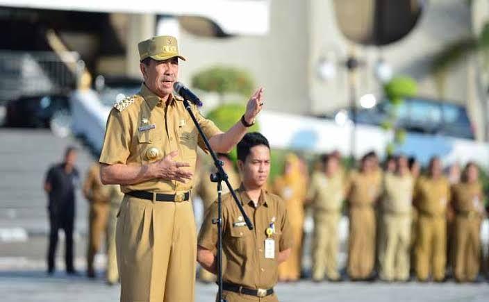 Gubernur Riau Serukan Bupati/Walikota Gelar Salat Istisqo Serentak