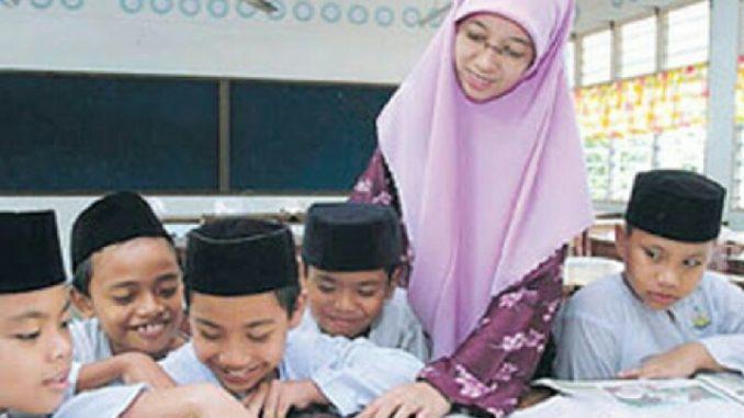 Alhamdulillah...Kemenag Usulkan Bantuan Subsidi Gaji Guru Non-PNS, termasuk Pengajar di Madrasah, Rencananya November...