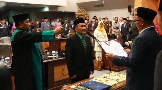 Zulkarnain Gantikan Said Usman Abdullah dalam PAW DPRD Pekanbaru