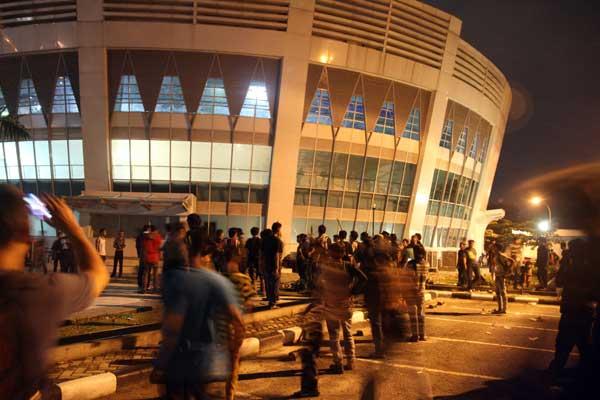 Baru Saja, Mahasiswa Riau dan Asykar Theking Sweeping Green Hotel