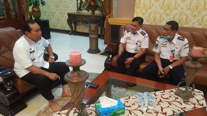Terima Kepala Bandar Udara, Bupati Rohul Harapkan Penerbangan Komersil di Bandara Tuanku Tambusai Pasir Pengaraian