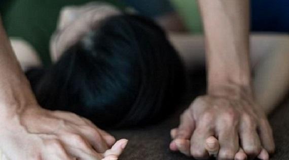 BIADAB... Berdalih Istrinya Mau Melahirkan, Pria Beristri Perkosa Bidan Cantik di Ukui
