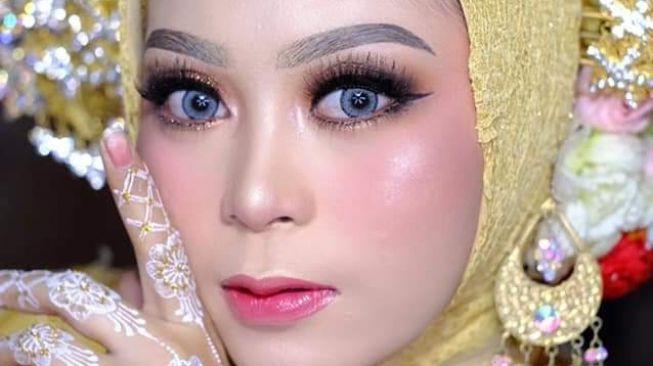 Dinikahi Polisi, Wanita Cantik Terima Mahar Uang Rp300 Juta, Emas, Beras 1 Ton, Kuda 2 Ekor, Rumah, Tanah dan Mobil