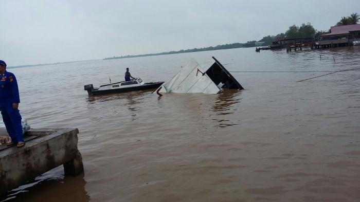 Angkut Sembako, KM Safitri Karam di Perairan Inhil, Kerugian Capai Rp2 Miliar Lebih