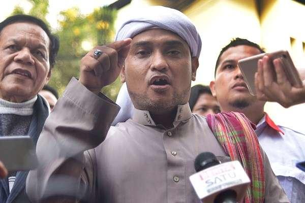 Jika PAN Gabung dengan Koalisi Jokowi, Jubir PA 212 Sebut Zulkifli Hasan Penghianat