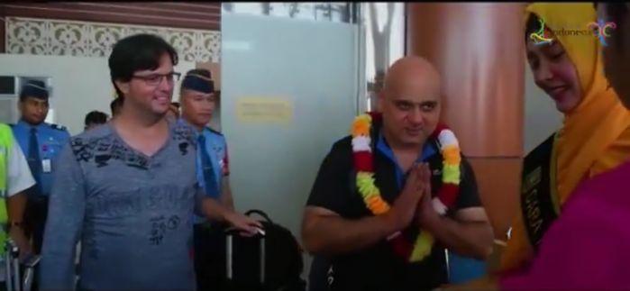 Tahun Baru, Wisatawan Mancanegara Disambut di Bandara SSK II Pekanbaru