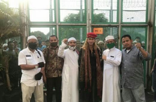 Dibebaskan Habib Bahar Bin Smith Terima Kasih Imam Besar Habib Rizieq Shihab Dan Umat Islam
