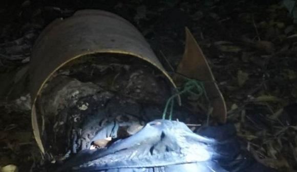 Sadis, Mayat Tanpa Kepala Ditemukan Warga Terbenam Dalam Ember