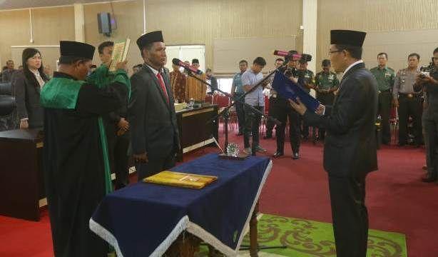 Resmi Dilantik, Abdul Rasyid Harahap Gantikan Zubiarsyah di DPRD Meranti