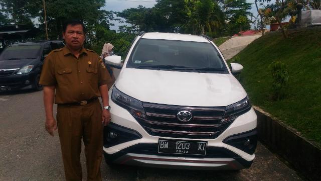 Seorang PNS di Kuansing Jadi Korban Maling Pecah Kaca Mobil, Aksi Pelaku Terkam CCTv