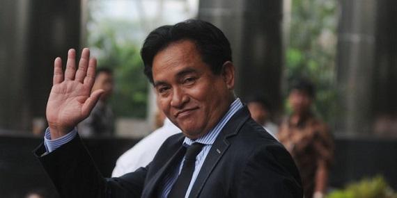 Minta Dijadikan Presiden pada MK, Yusril Ihza Mahendra Tertawakan  Prabowo-Sandi