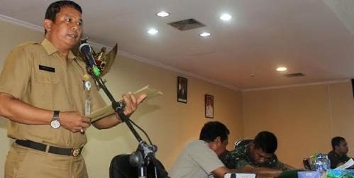 Bupati Inhu 'Copot' Bobby Rachmat dan Kamarulzaman dari Pelaksana Tugas Kepala Dinas, Ini Alasannya...