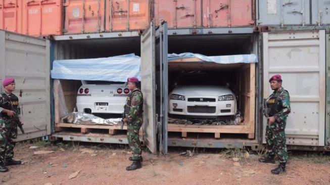 Diangkut dari Singapura, TNI AL Gagalkan Penyelundupan Mobil Mewah di Batam, Begini Modusnya