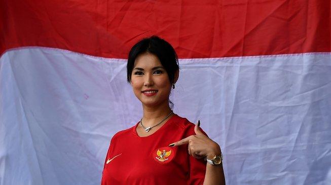 Perhatian! Maria Ozawa Imbau Masyarakat Indonesia Tetap di Rumah, 'Jangan Keluar... Tetap di Dalam'