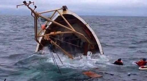 Berlayar dari Malaysia, KM Tasya Tenggelam Dihantam Ombak 3 Meter di Perairan Riau, Kerugian Capai Rp1 Miliar