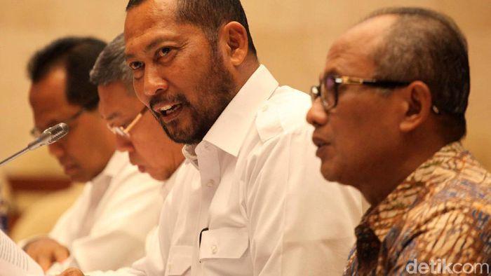 Menteri Perdagangan  Sebut Gudang Bulog Penuh Bukan Urusannya, Budi Waseso: MATAMU!