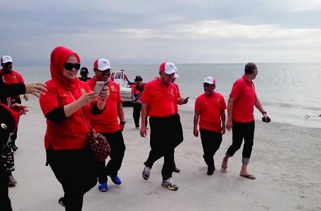 Gubernur Riau Nyaris Gak Mau Pulang Karena Peristiwa di Beting Aceh