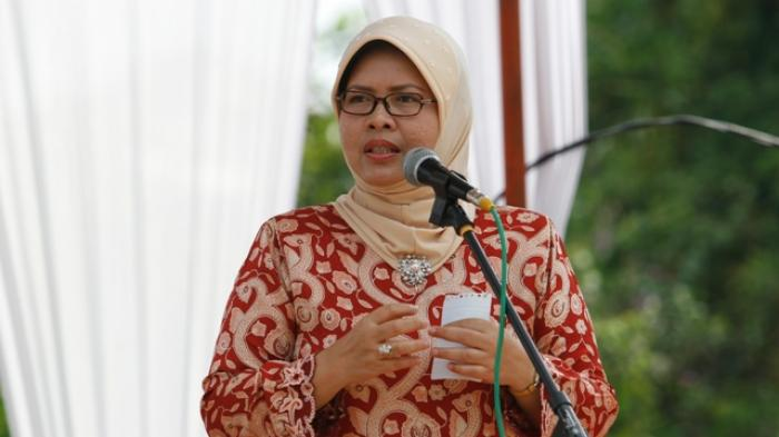 Batal Ketuk Palu APBD-P Riau 2017 Hari Ini, Septina Bilang Begini...