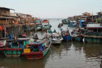 Cari Ikan di Selat Malaka, Tujuh Kapal Nelayan Rohil Diancam Tembak AL Malaysia