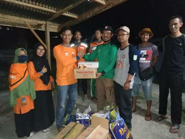 RZ Pekanbaru Salurkan Bantuan untuk Desa Terdampak Banjir di Pelalawan