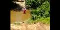 Videonya Viral, Bupati Kampar Tinjau Lokasi Murid SD ke Sekolah Menyeberangi Sungai Pakai Keranjang Terbang
